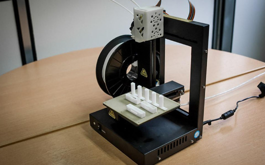3D printing offers the possibility of manufacturing many mechanical parts for the servers.